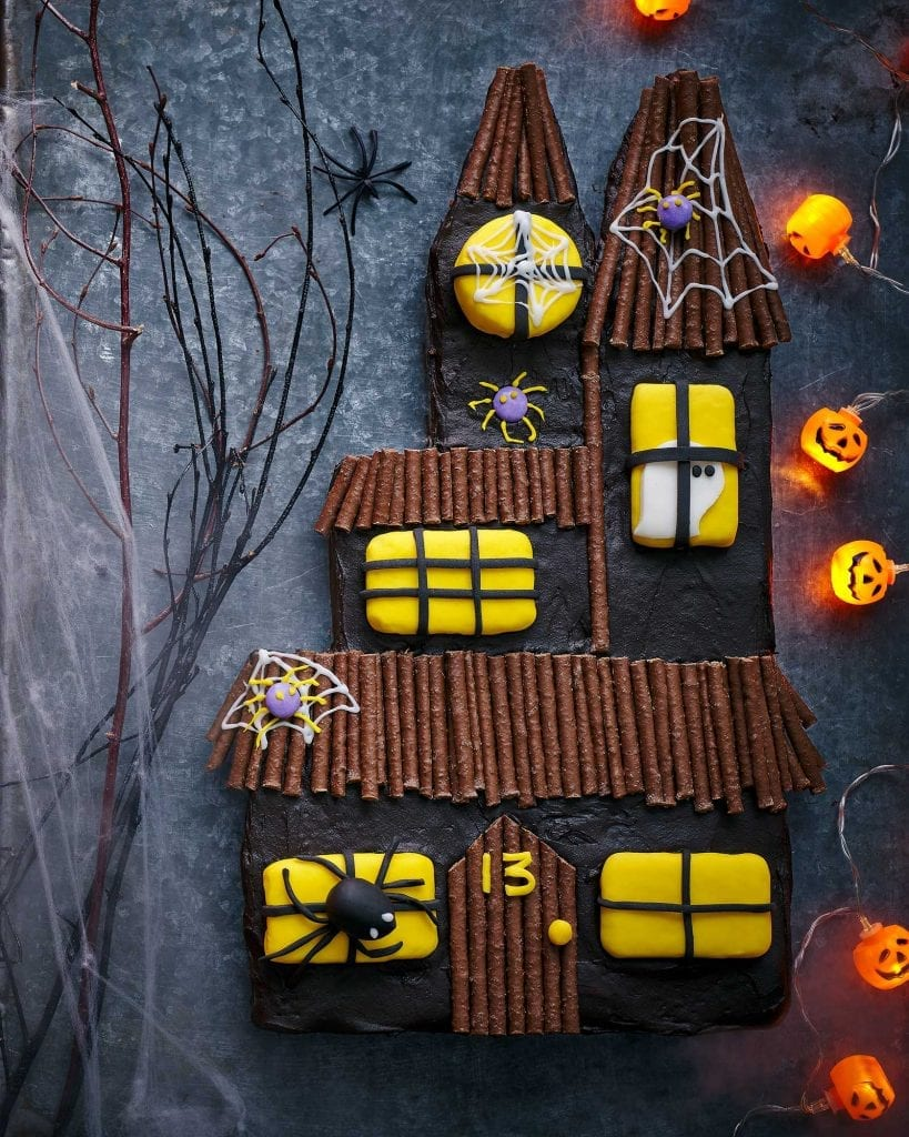 tesco magazine october 2020 brownie haunted house